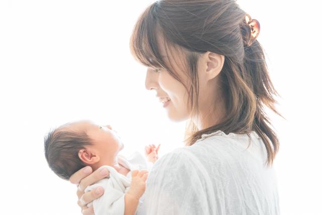 産後骨盤矯正で不調を改善して毎日を快適に過ごしましょう
